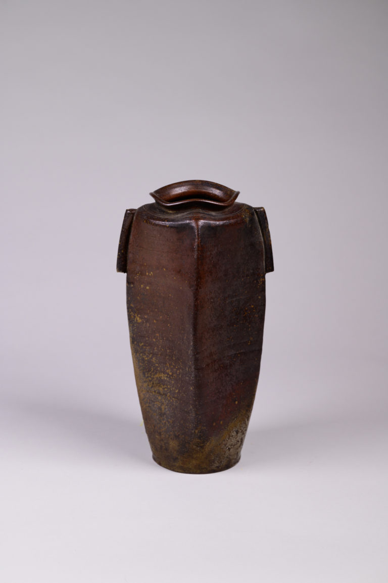 Japanese ceramic vase, antique vase, Bizen vase, Edo vase, antique ceramic vase, Bizen, Edo