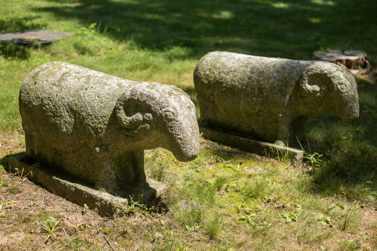 korean sculpture, korean ram, korean sheep, outdoor sculpture, outdoor garden sculpture, animal garden sculpture, antique korean sculpture, early korean sculpture, korean antique, antique korean sculpture